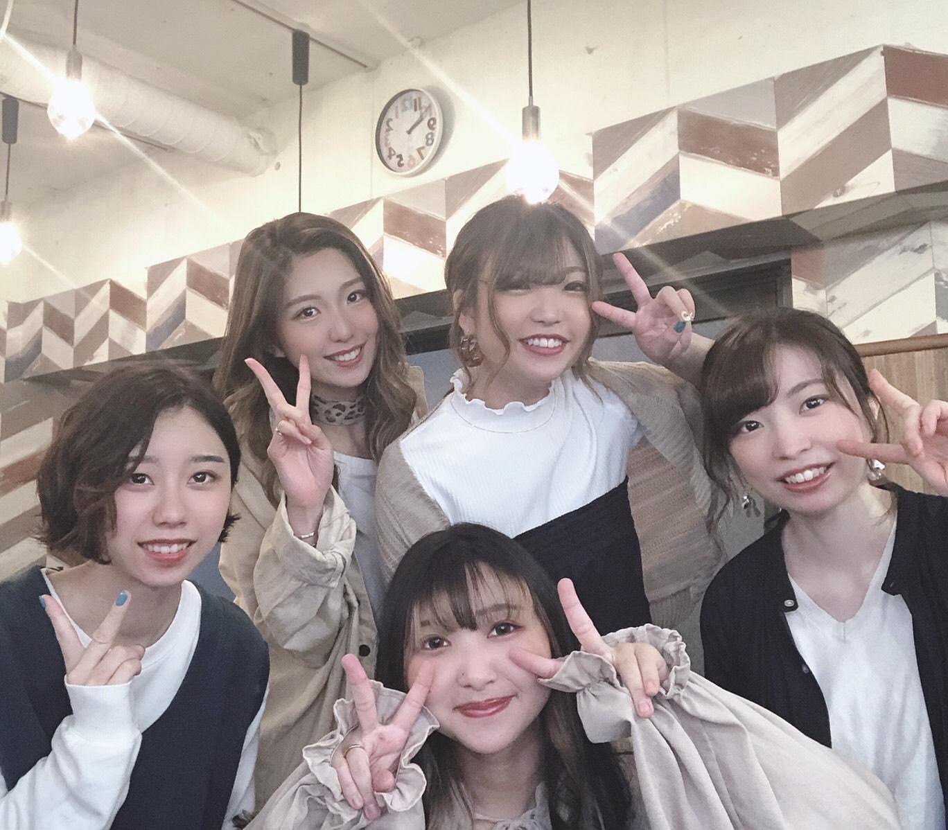 浅草橋店集合写真です。