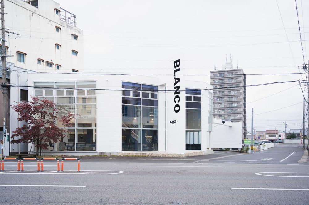 BLANCO /AZURA/SUPRAM (株式会社サムソンSophia)
