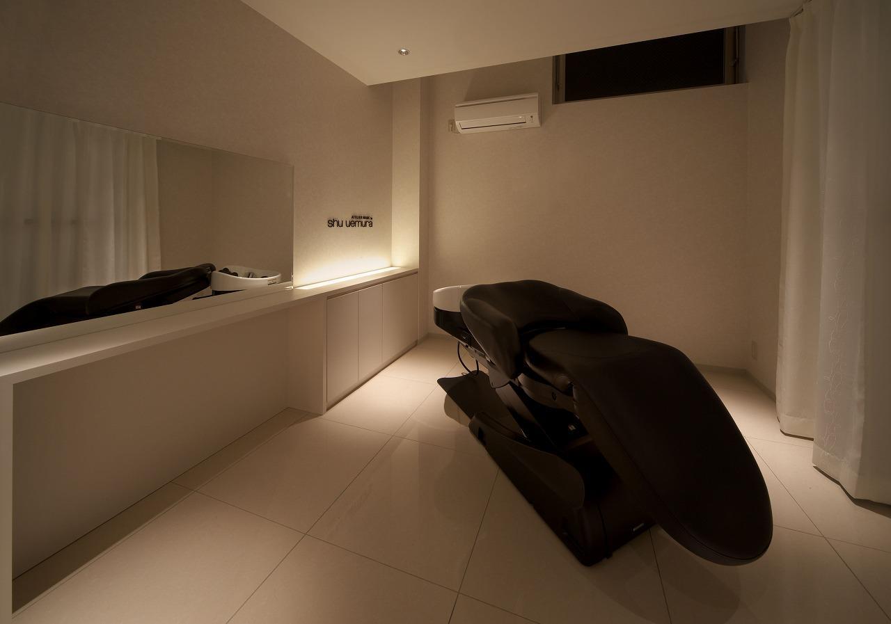 個室のシャンプー台もあります!