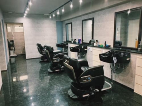 Barber House Lavie